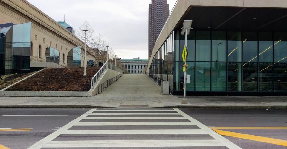 mall b walkway